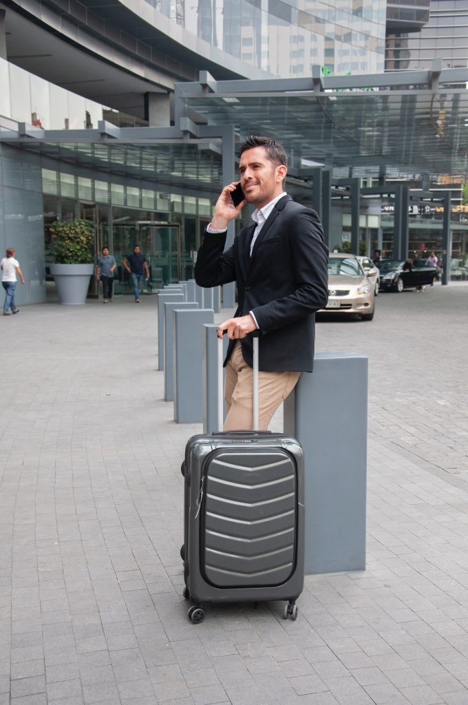 Making the Right Airport Transportation Choice for Your Hawaii Vacation