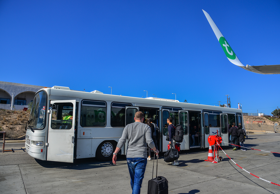 Tips for Choosing the Right Airport Shuttle
